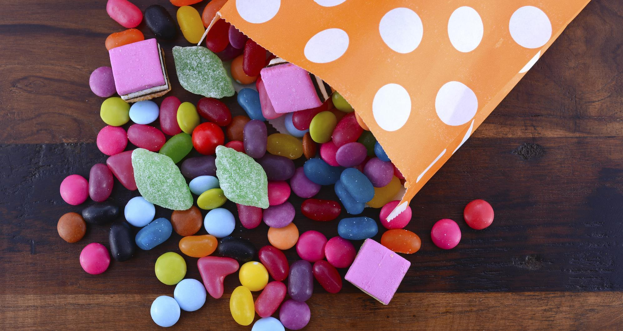 candy-packaging-machine
